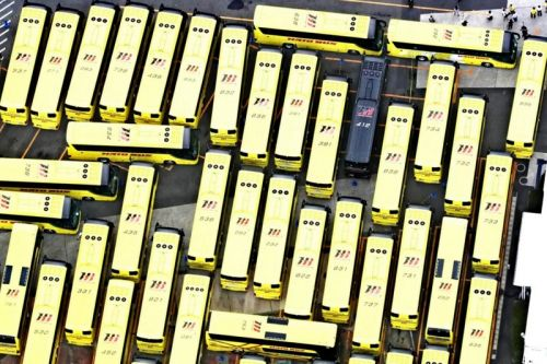 COVID-19 Pushes Japanese Tour Bus Company To Create Giant Maze With Empty Buses