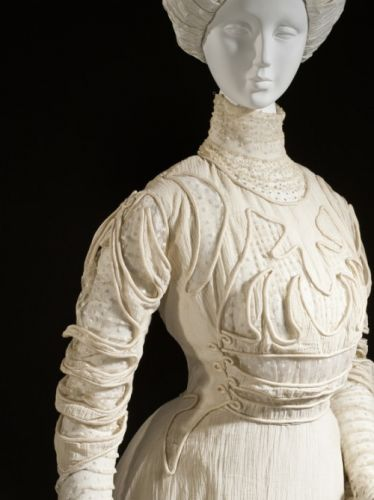 Up Close: Dress, 1908