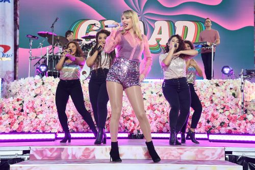 Watch: Taylor Swift's Central Park concert whips 'Calm' fans into frenzy