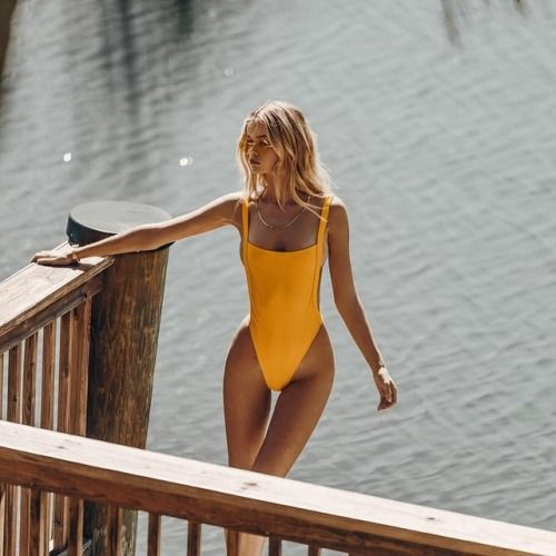 Faeswim: The LIMA suit in Zest ⚡️ △ High cut to elongate the