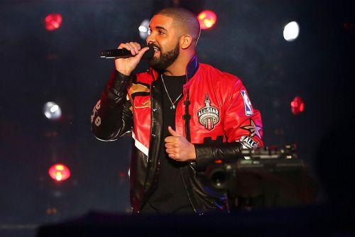 """Drake's """"In My Feelings"""" Hits No. 1 on Hot 100"""