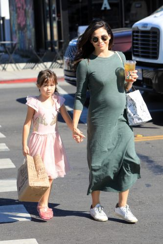 Pregnant Jenna Dewan and Daughter Everly Have a Cafe Date in Beverly Hills
