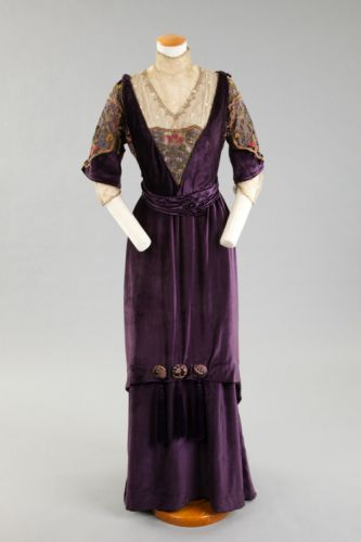 Evening DressMadame Marguerite1910-1915Goldstein Museum of