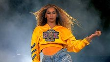 Beyoncé Opens Up About 'Extremely Difficult' Pregnancy With Her Twins