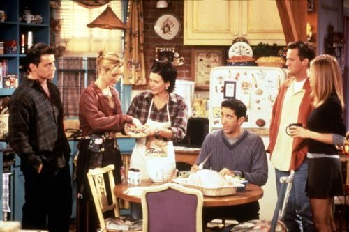 Courteney Cox returns to 'Friends' apartment, jokes rent increased by $12K