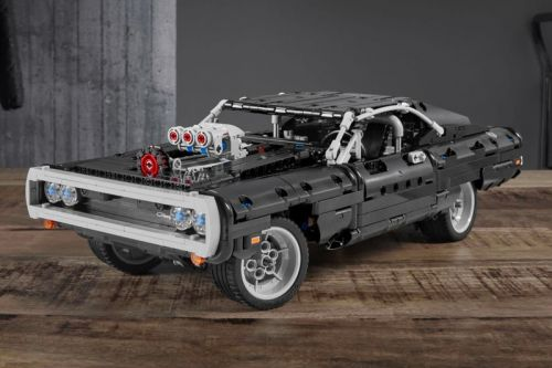 Dom's 1970 Dodge Charger R/T Receives the LEGO Technic Treatment