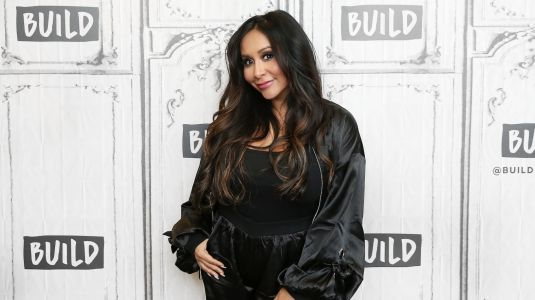 Nicole 'Snooki' Polizzi Is 'Annoyed' That Her Baby Isn't Read to Come Out Yet: 'Another Couple Weeks Feeling This Miserable'