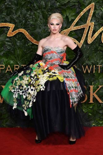 Ten Rounds Up The Fashion Awards 2018 Red Carpet