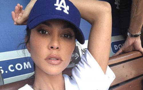 "Younes, Who? Kourtney Kardashian Shows off Her Sexy ""Detox"" on Instagram"