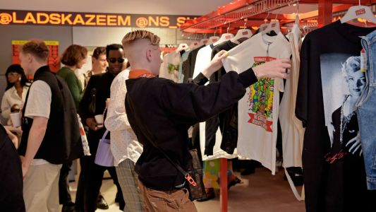 The Different Ways Gen Z, Millennials and Boomers Shop for the Holidays